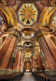 Baroque splendor inside the Church of St. Michael, source: Archiv Vydavatelství MCU s.r.o., photo by: Libor Sváček